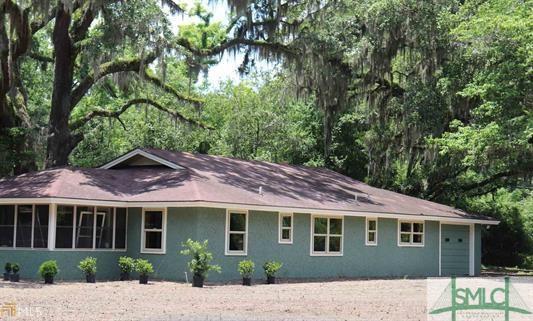 716 Floyd Avenue, Guyton, GA 31312 (MLS #190562) :: Coastal Savannah Homes