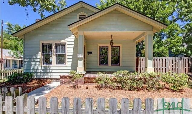902 E 39th Street, Savannah, GA 31401 (MLS #194109) :: McIntosh Realty Team