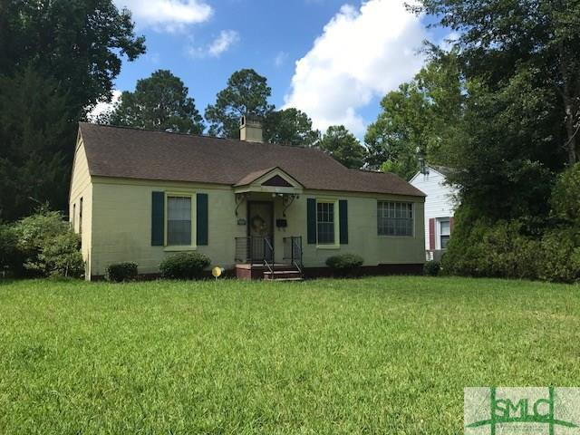 403 E 64th Street, Savannah, GA 31405 (MLS #194691) :: Karyn Thomas