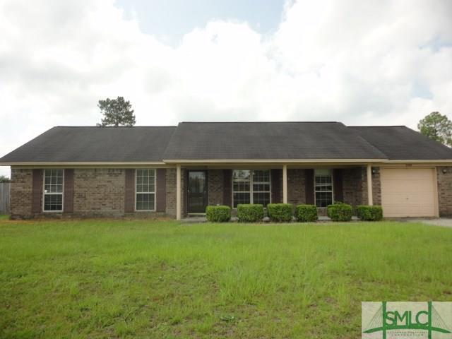200 Bridgemont Way, Hinesville, GA 31313 (MLS #196018) :: Karyn Thomas