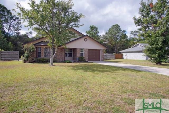 864 Lyndsi Lane, Hinesville, GA 31313 (MLS #197295) :: Karyn Thomas
