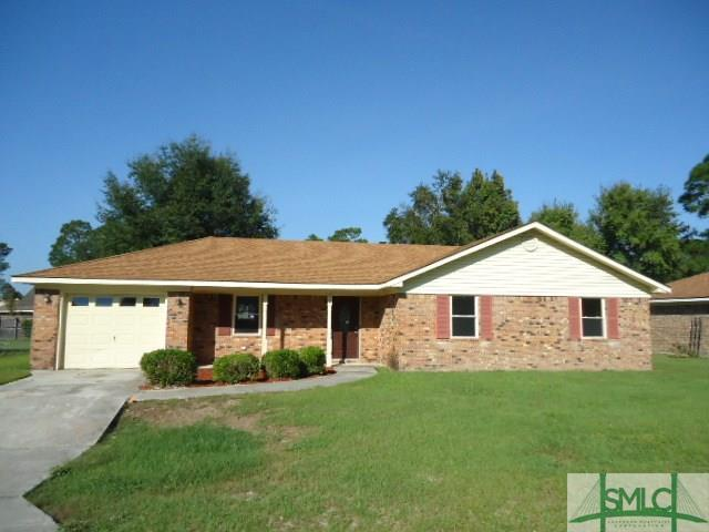 638 Slade Street, Hinesville, GA 31313 (MLS #198484) :: The Robin Boaen Group