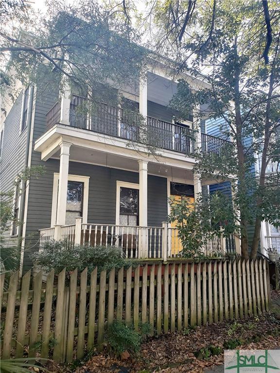 309 E Henry Street, Savannah, GA 31401 (MLS #201452) :: Teresa Cowart Team