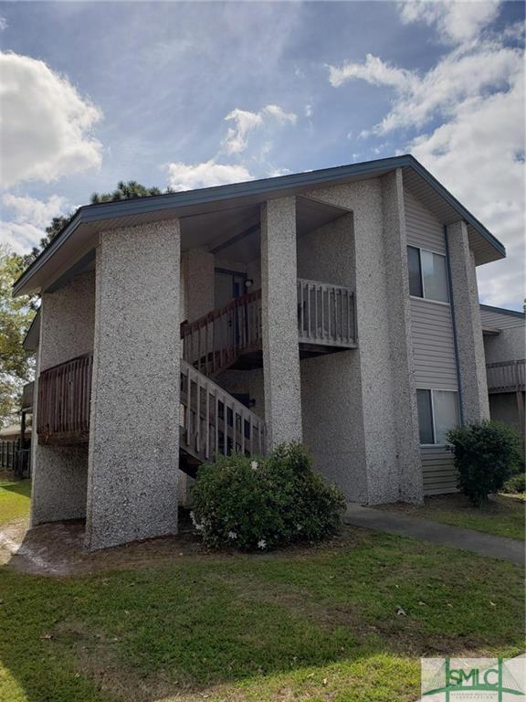 910 Brett Drive, Hinesville, GA 31313 (MLS #204130) :: Karyn Thomas