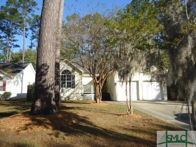 235 Sugar Mill Drive, Savannah, GA 31419 (MLS #205070) :: The Arlow Real Estate Group