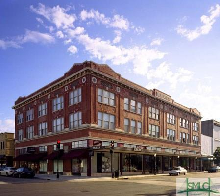 122 W Broughton Street, Savannah, GA 31401 (MLS #205678) :: Keller Williams Realty-CAP