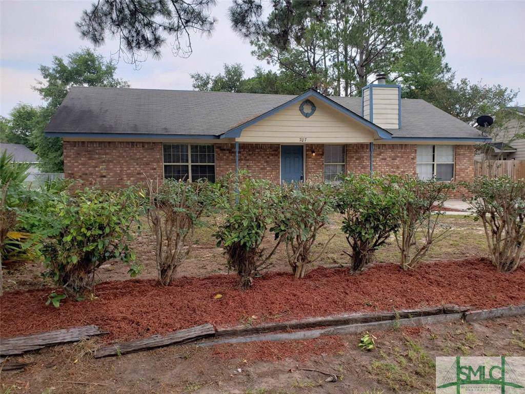 707 Westridge Court, Hinesville, GA 31313 (MLS #205817) :: The Randy Bocook Real Estate Team