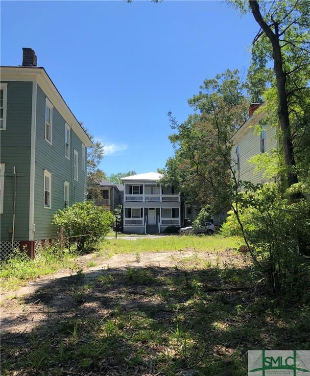 530 E Park Avenue, Savannah, GA 31401 (MLS #205927) :: Keller Williams Realty-CAP