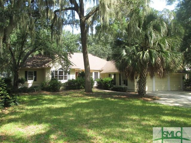 16 Seawatch Drive, Savannah, GA 31411 (MLS #211100) :: McIntosh Realty Team