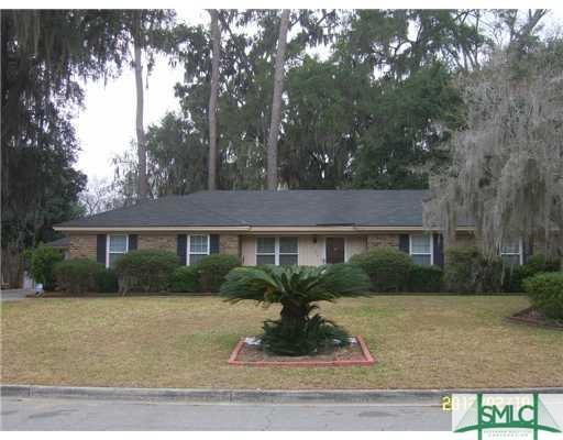 315 Sunderland Drive, Savannah, GA 31406 (MLS #211268) :: The Arlow Real Estate Group