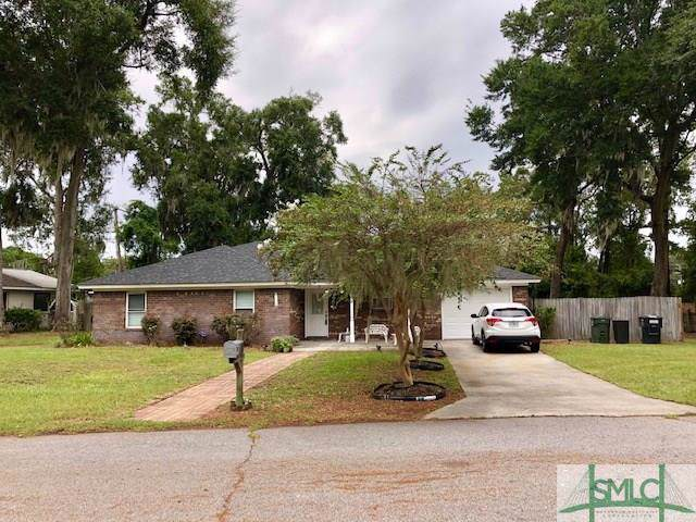 302 Wendy Hill Road, Savannah, GA 31410 (MLS #212722) :: The Randy Bocook Real Estate Team