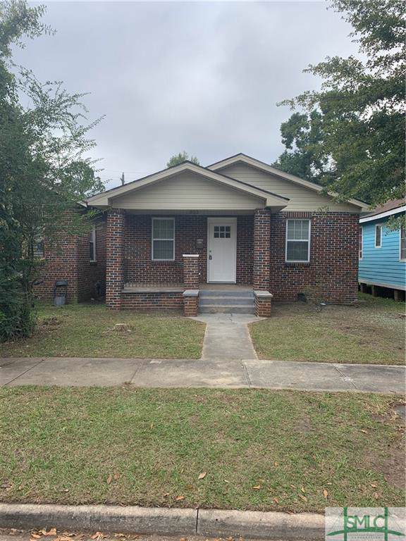 923 W 46th Street, Savannah, GA 31405 (MLS #216043) :: Teresa Cowart Team