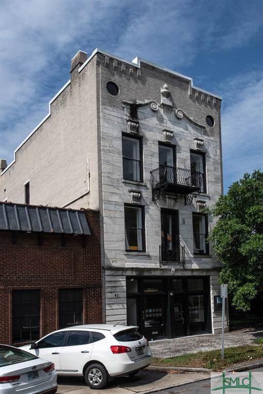409 E Liberty Street, Savannah, GA 31401 (MLS #218067) :: Liza DiMarco