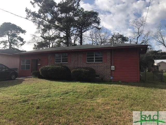 3211 Iantha Street, Savannah, GA 31404 (MLS #218177) :: Heather Murphy Real Estate Group