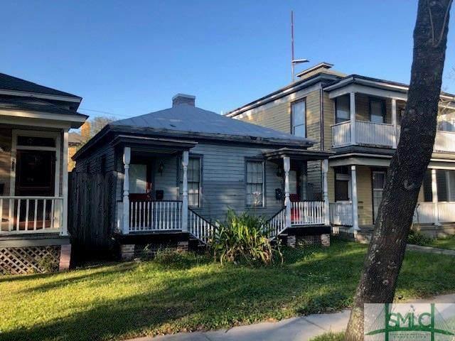524 E Anderson Street, Savannah, GA 31401 (MLS #222161) :: Heather Murphy Real Estate Group