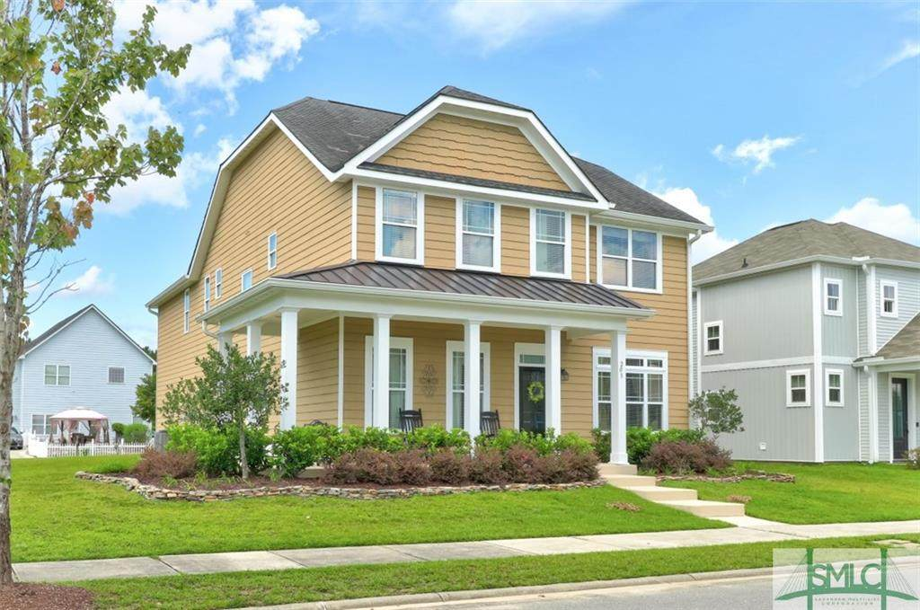 203 Clearwater Circle - Photo 1