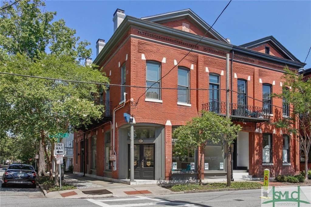417 Whitaker Street - Photo 1