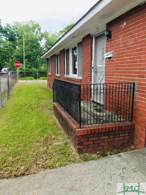 1301 E 58th Street, Savannah, GA 31404 (MLS #231052) :: Glenn Jones Group | Coldwell Banker Access Realty
