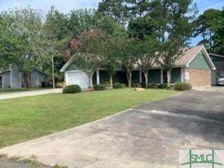 5 White Pine Court, Savannah, GA 31406 (MLS #235853) :: Coastal Savannah Homes