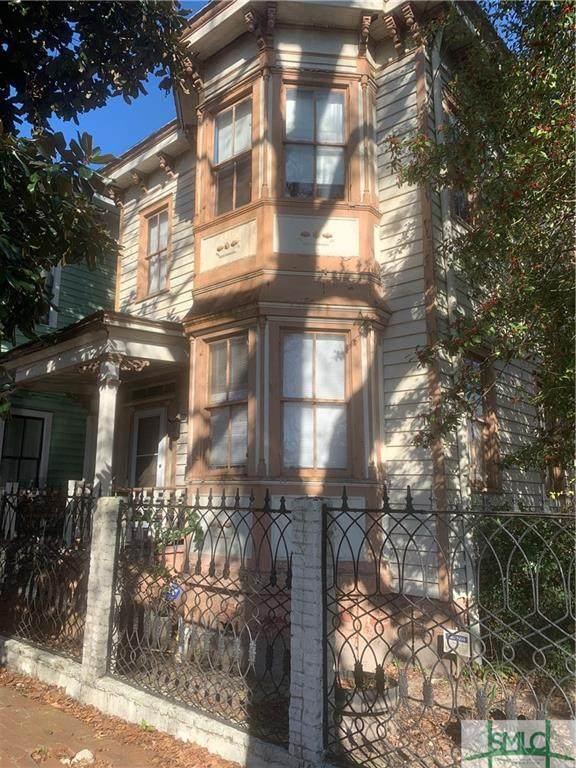 306 E Park Avenue, Savannah, GA 31401 (MLS #240047) :: Barker Team | RE/MAX Savannah