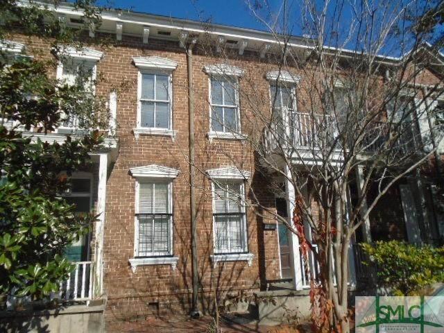 304 E President Street, Savannah, GA 31401 (MLS #240267) :: The Arlow Real Estate Group
