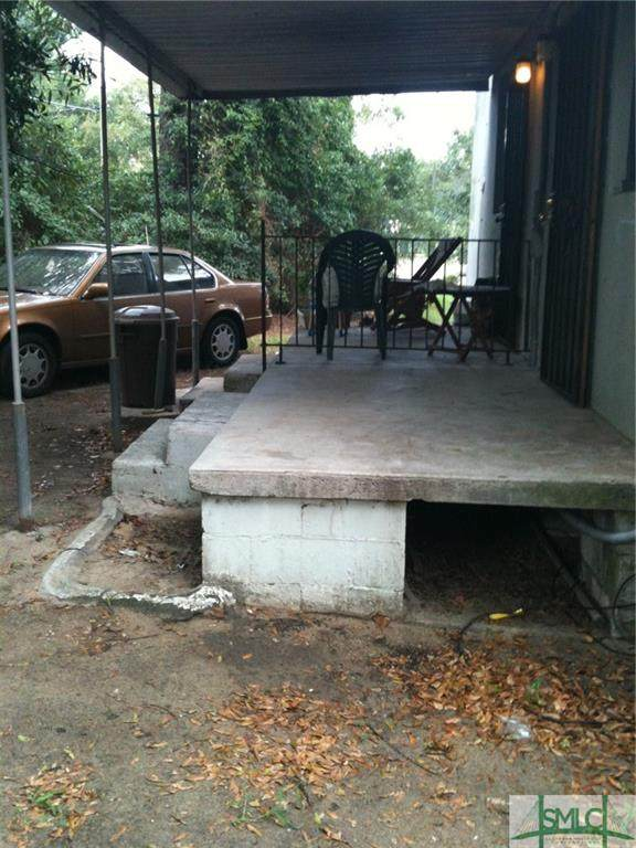 133 Hibiscus Avenue, Savannah, GA 31404 (MLS #240472) :: Barker Team | RE/MAX Savannah