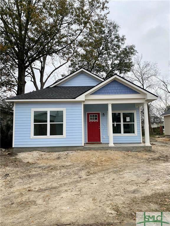 236 Cumming Street, Savannah, GA 31415 (MLS #240897) :: The Arlow Real Estate Group