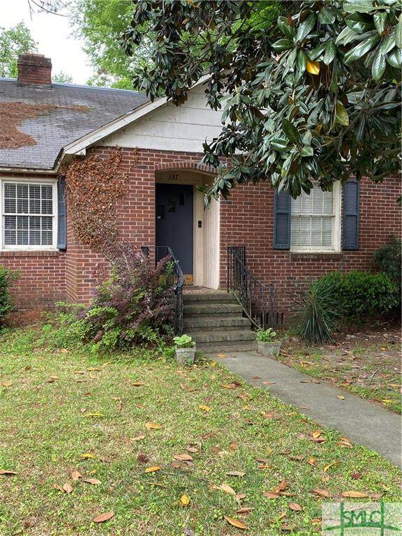 137 Columbus Drive, Savannah, GA 31405 (MLS #245991) :: McIntosh Realty Team