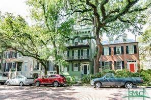 15 E Jones Street 1-B (Parlor), Savannah, GA 31401 (MLS #251490) :: McIntosh Realty Team