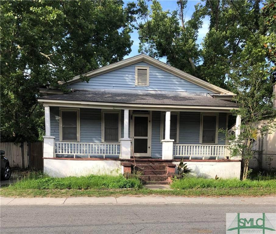 1418 Augusta Avenue - Photo 1