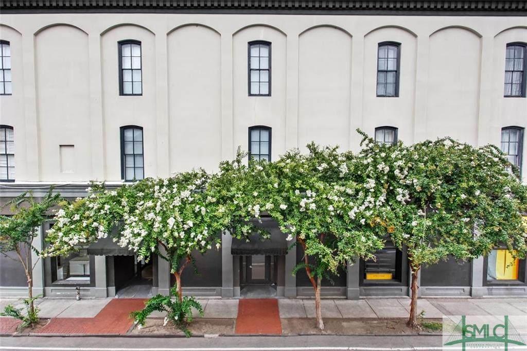 105 Whitaker Street - Photo 1