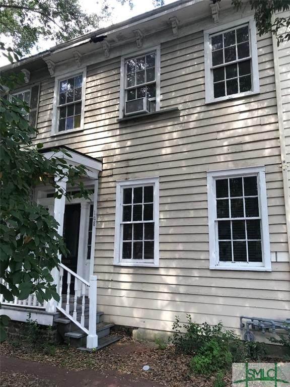 108 W Henry Street, Savannah, GA 31401 (MLS #257554) :: Teresa Cowart Team