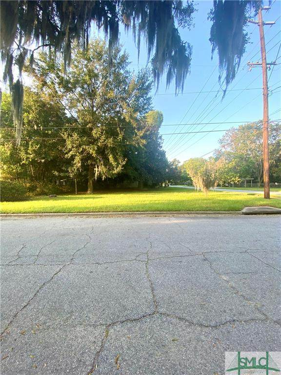 1903 E 63rd Street, Savannah, GA 31404 (MLS #257608) :: Teresa Cowart Team
