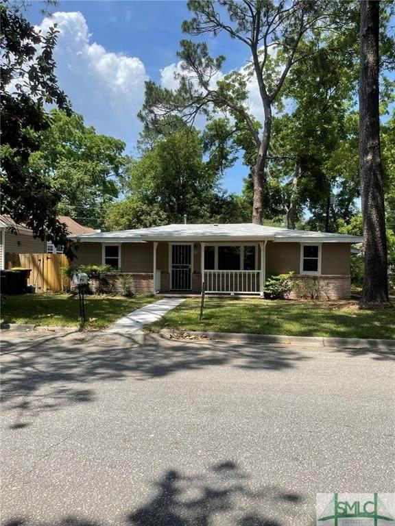 2106 Essex Avenue, Savannah, GA 31405 (MLS #260111) :: Coastal Savannah Homes