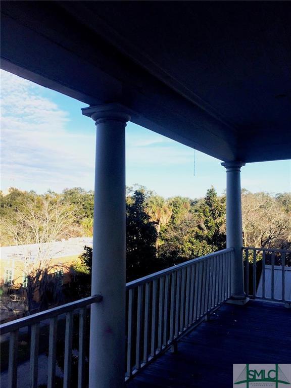 117 W Park Avenue, Savannah, GA 31401 (MLS #185387) :: Coastal Savannah Homes