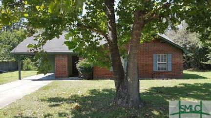 666 Windhaven Drive, Hinesville, GA 31313 (MLS #196832) :: Karyn Thomas