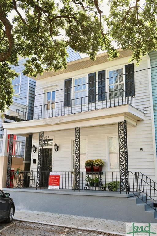 503 E Mcdonough Street, Savannah, GA 31401 (MLS #197285) :: Coastal Savannah Homes
