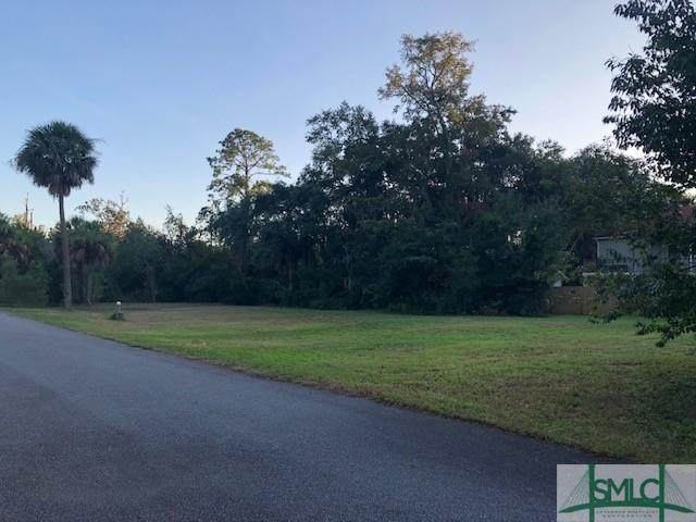 125-127 North Street, Savannah, GA 31410 (MLS #235734) :: Coastal Homes of Georgia, LLC