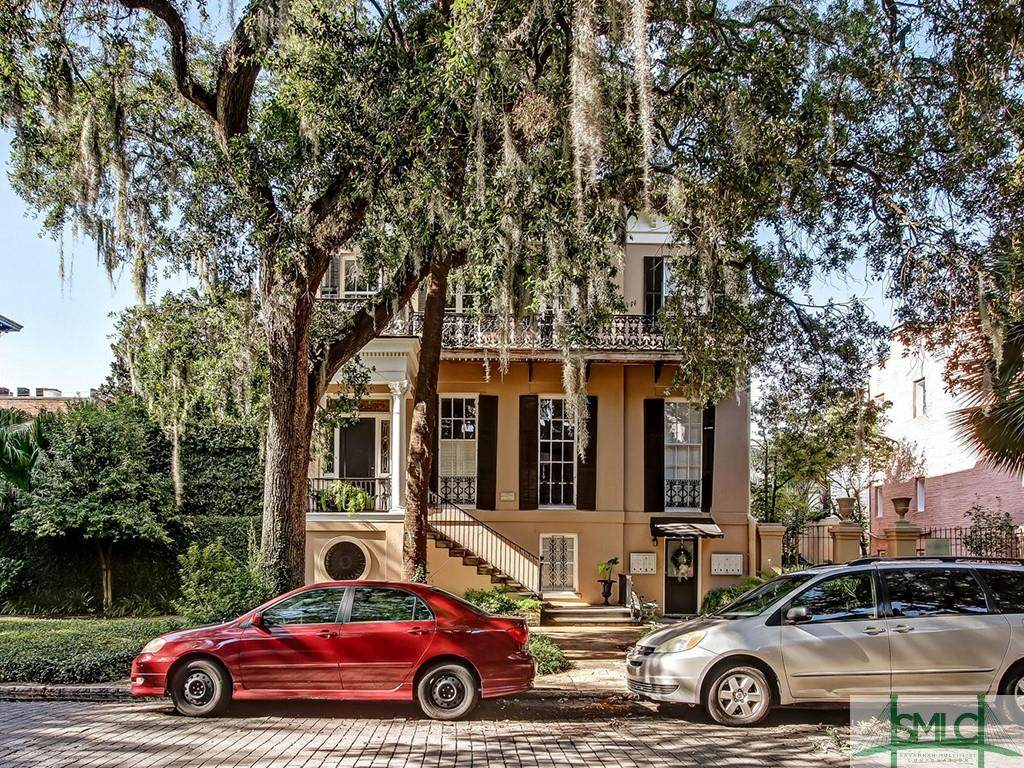 208 Jones Street - Photo 1