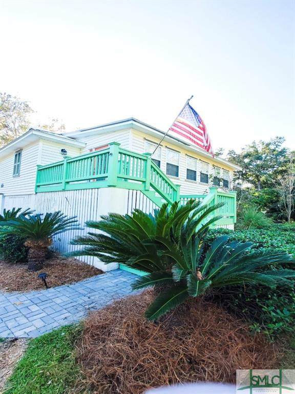 18 Anderson Court, Tybee Island, GA 31328 (MLS #253188) :: Coldwell Banker Access Realty