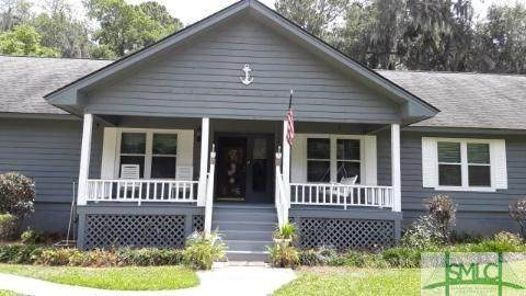 17 E Point Drive, Savannah, GA 31410 (MLS #220976) :: Heather Murphy Real Estate Group