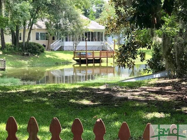 3 Copperfield Drive S, Savannah, GA 31410 (MLS #194511) :: Karyn Thomas