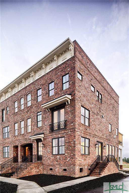 417 Port Street, Savannah, GA 31401 (MLS #205280) :: The Arlow Real Estate Group