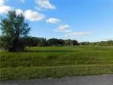 1024 Lakeside Way - Photo 5