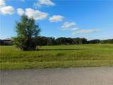 1024 Lakeside Way - Photo 7