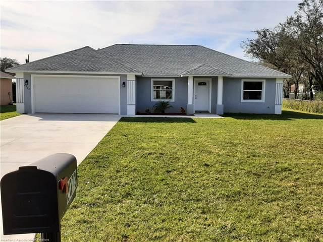 2073 N Highlands Boulevard, Avon Park, FL 33825 (MLS #277627) :: Compton Realty
