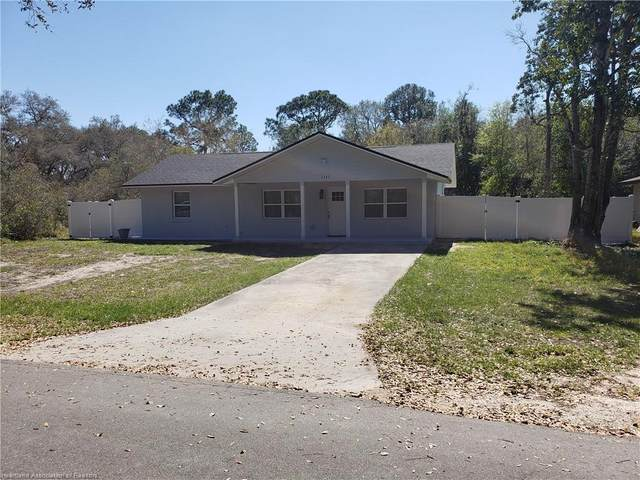 2247 W Longbottom Road, Avon Park, FL 33825 (MLS #278987) :: Compton Realty