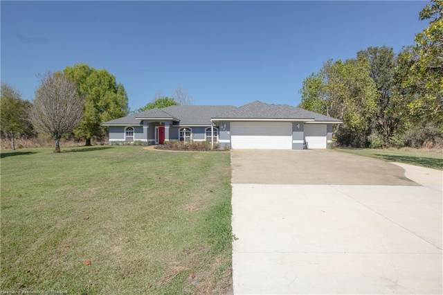 2416 W Hampton Road, Avon Park, FL 33825 (MLS #278996) :: Compton Realty