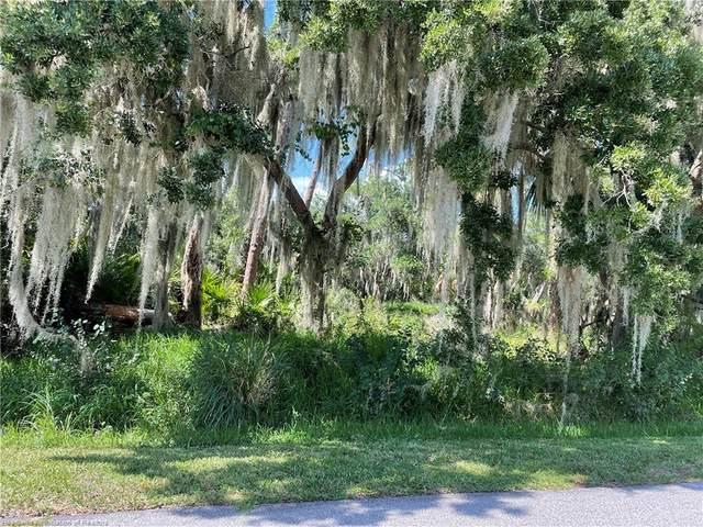 20 Mallard Drive, Lake Placid, FL 33852 (MLS #281000) :: Compton Realty