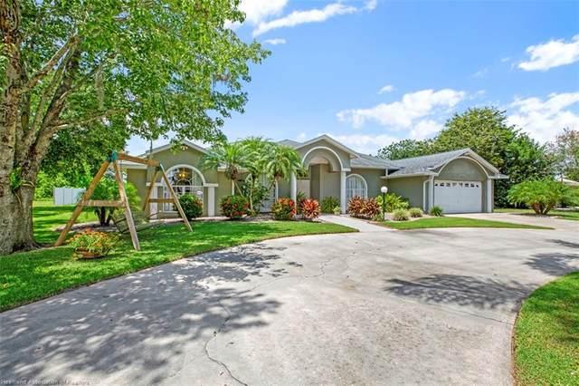 2435 N Azalea Drive, Avon Park, FL 33825 (MLS #282059) :: Compton Realty